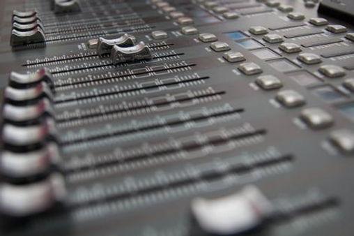 veerapon1973-sound-mixing-desk.jpg