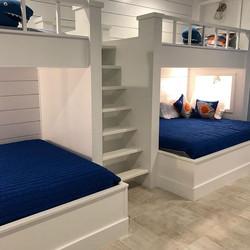 Bunk beds -_-_-_#fernandoswoodwork #wood