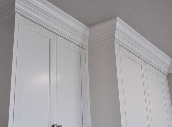 Crown moulding styles can make your cabi