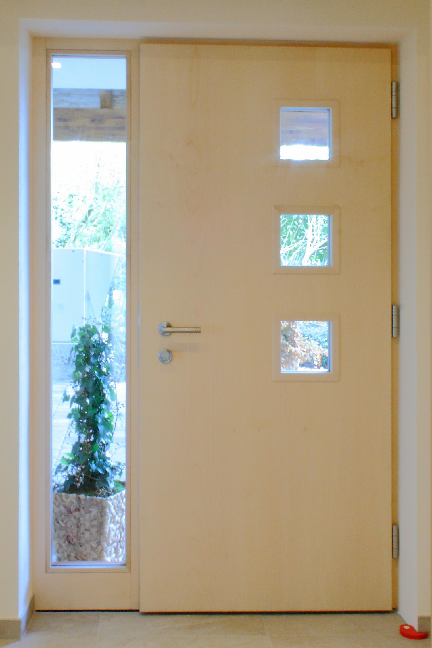 Haustüre in Lärche und Ahron