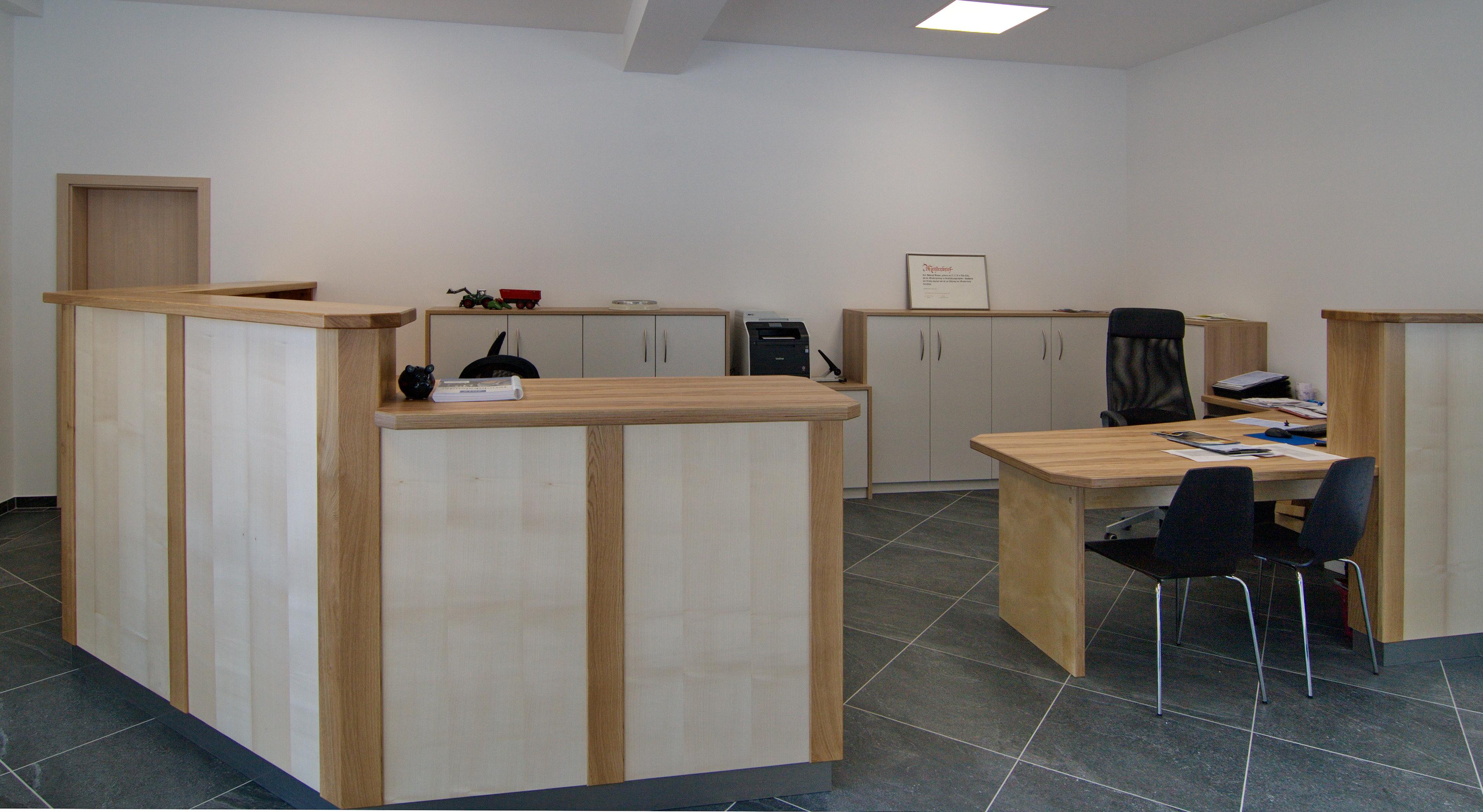 Büro Autowerkstatt