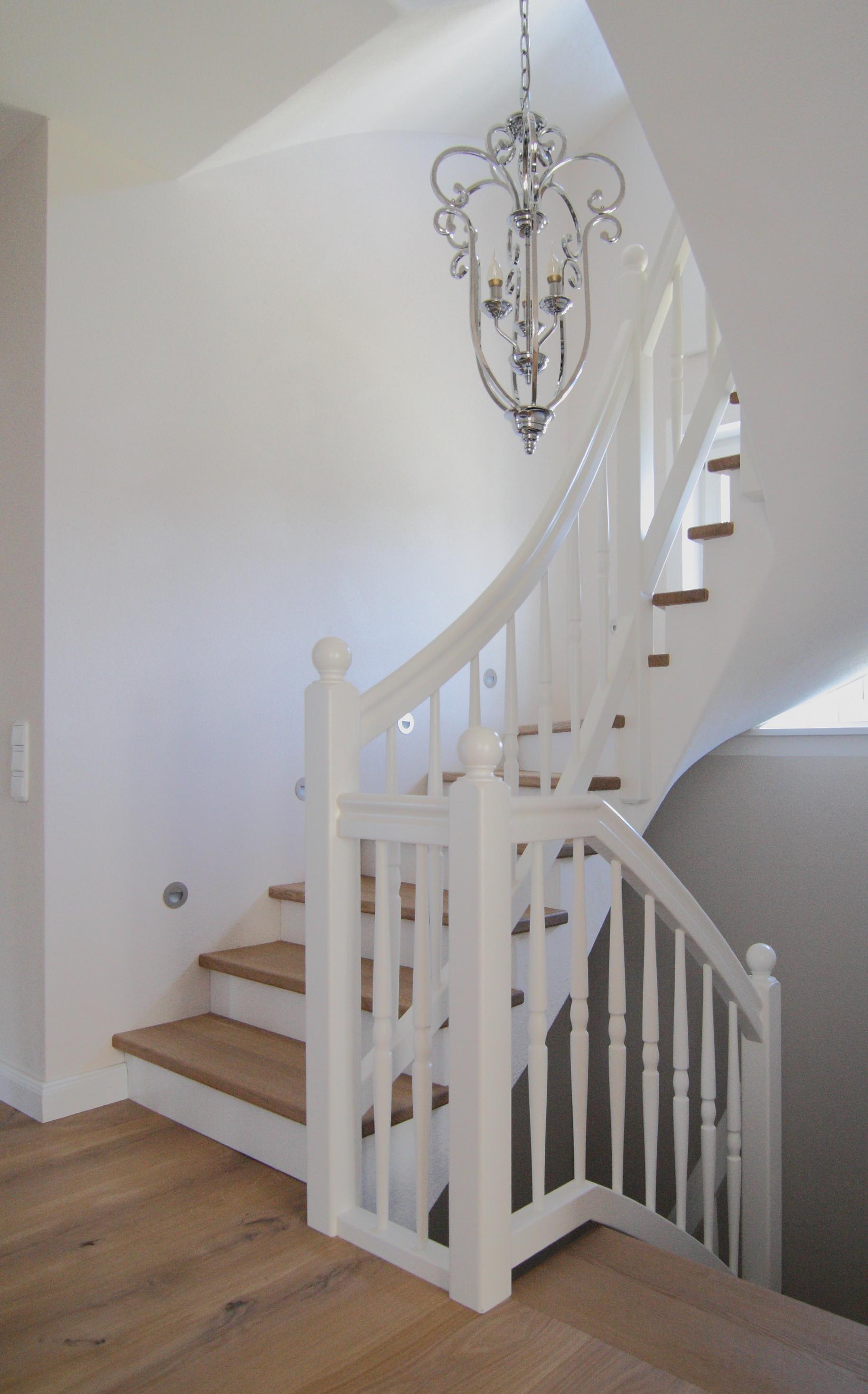 Treppengeländer in weiß