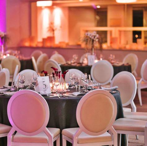 burgundy_winter_wedding (5).jpeg