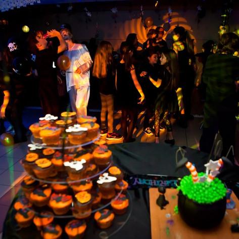 halloween_birthday_party (90).jpg