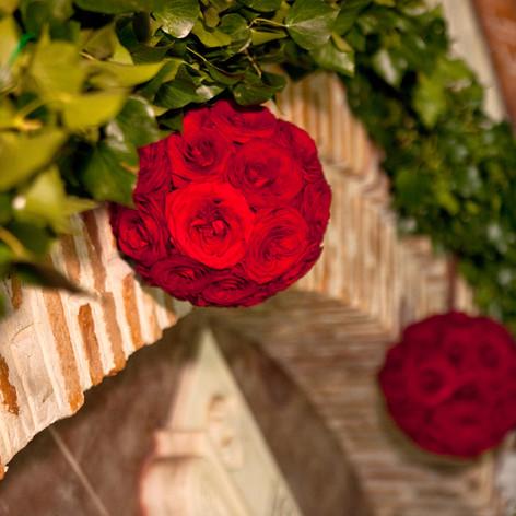 red_naomi_roses_wedding_athens (18).jpg
