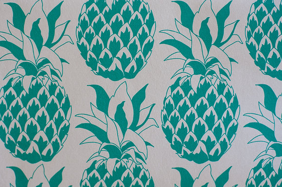 Willis Bloom Pineapple wallpaper in Jade green. A bold wallpaper for a beautiful home. Love pattern.