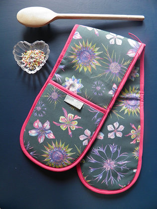 Double kitchen oven glove: Beautiful foliage design with pink, blue, green, hand drawn and made in England by Willis Bloom.
