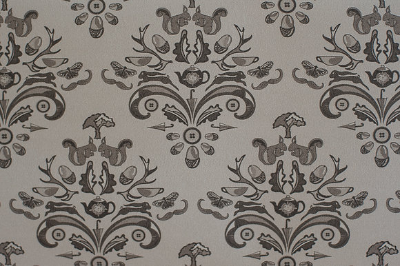 Willis Blue How Very British wallpaper in Majestic mushroom. A warm grey wallpaper in a classic design for beautiful homes.