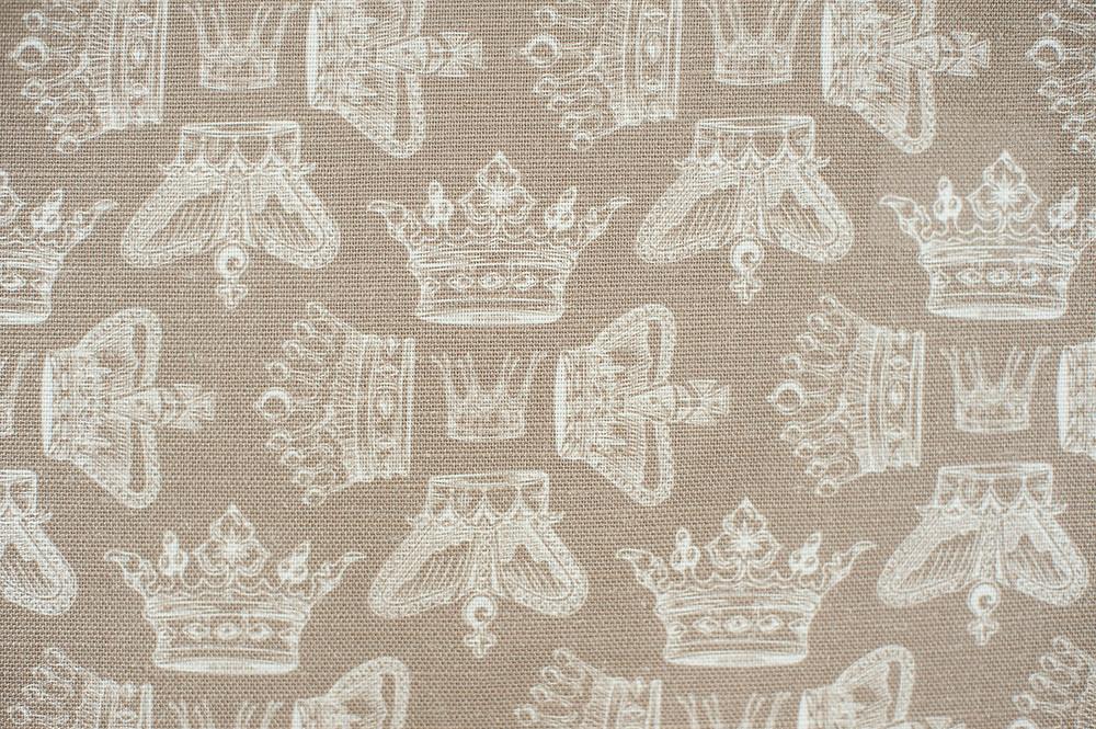 Willis Bloom Fabric in Cool Caramel