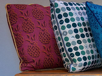 Willis Bloom Pineapple fabric in Gildd Merlot. A rich red and gold fabric for beautiul homes. Love pattern.