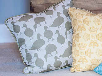 Willis Bloom Duck fabric cushion in Fern green. Love pattern. Cushion and beautiful home ideas.