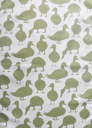 Duck Apron in Fern Green by Willis Bloom. Cotton apron, designed, printed and made in the UK.