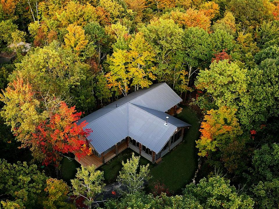 Lodge aerial.jpg