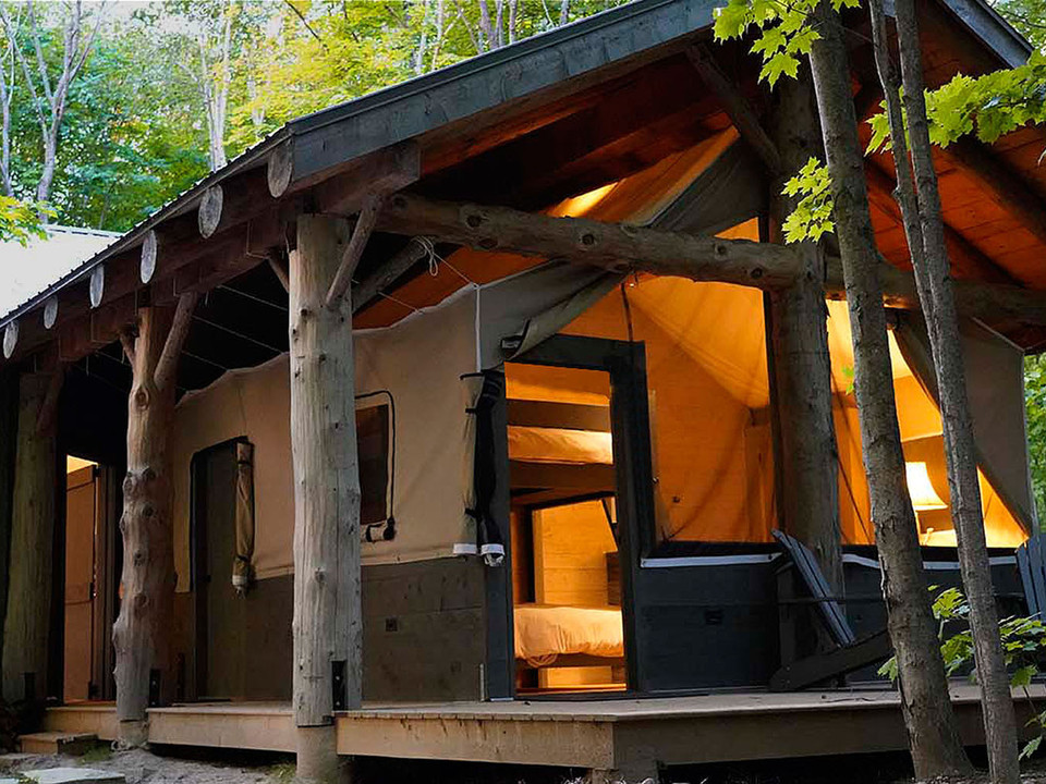 TENT bedroom 2.jpg