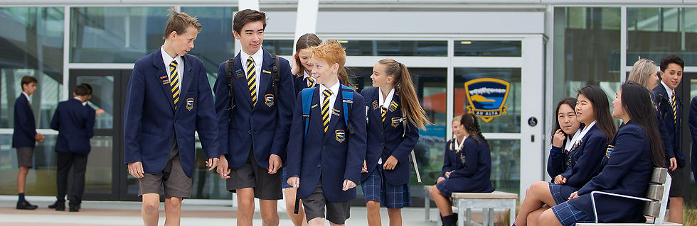 WHS students walking.jpg