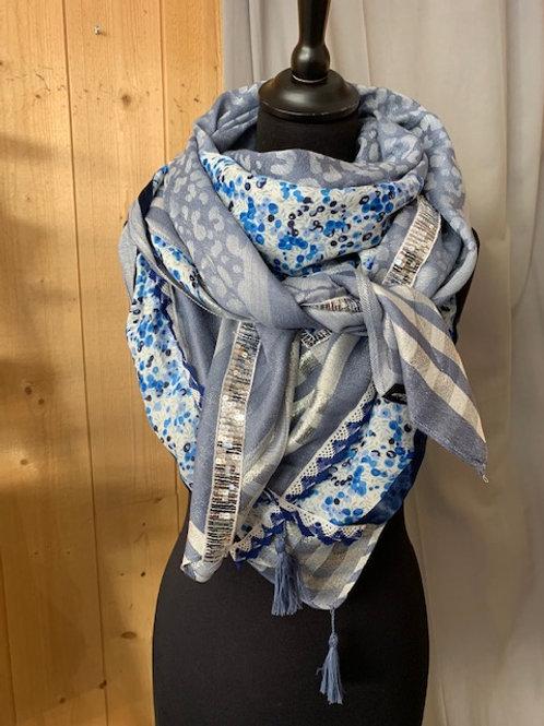 Triangle: bleu clair fleuris