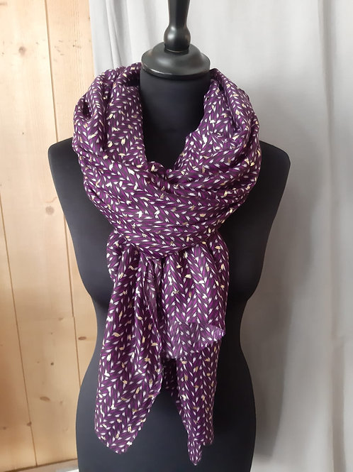 Foulard rectangle violet avec motif