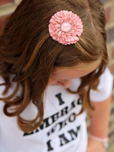 Snap peach hair clip