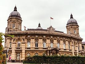 Photo of Hull Maratime Museum from Hull's Beveley Gate on Hull History Walk