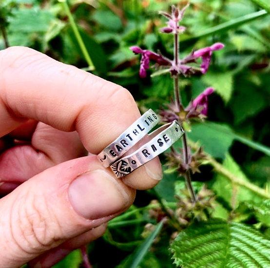 Mantra ring