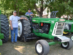 Antique tractor pulls -- a rev'd up tradition