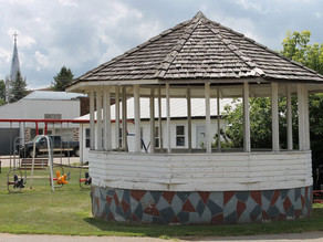 A grand history of bandstands