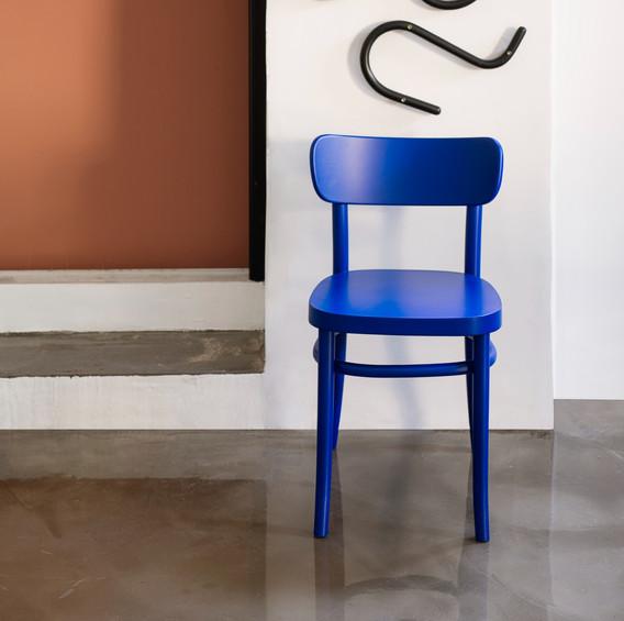 MZO chair blue