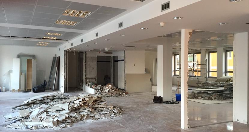 Tanti piccoli spazi diventano un ufficio open space nel cuore di Milano