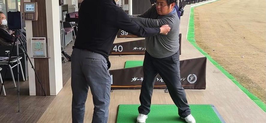 練習場業界のミュアフィールド⁈千葉県ガーデン藤ヶ谷ゴルフレンジでのレッスンがスタートしました!