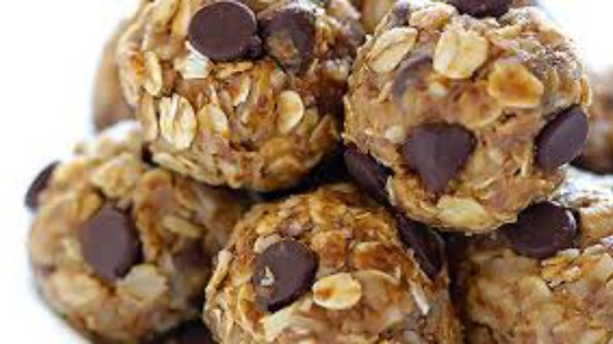 Spice up your Snacks with Oatmeal Protein Energy Balls!