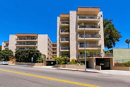 Brentwood Single Level Condos 90049 Torps