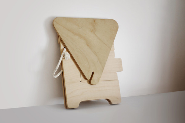 chair_fold1_web.jpg
