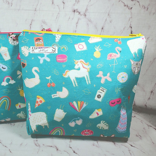 Best of Summer Large Toiletry Bag