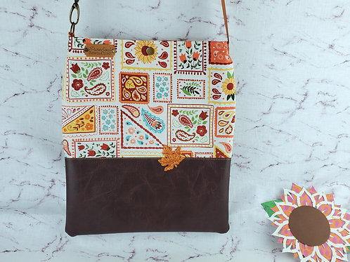 Warm Quilts Adjustable Tote