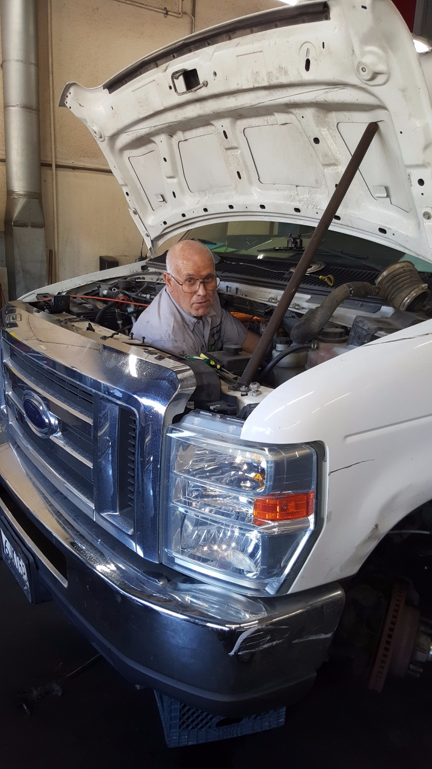 Auto repair Northridge