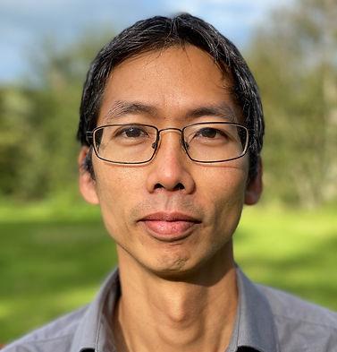 Bob Chiang Headshot 2.jpg