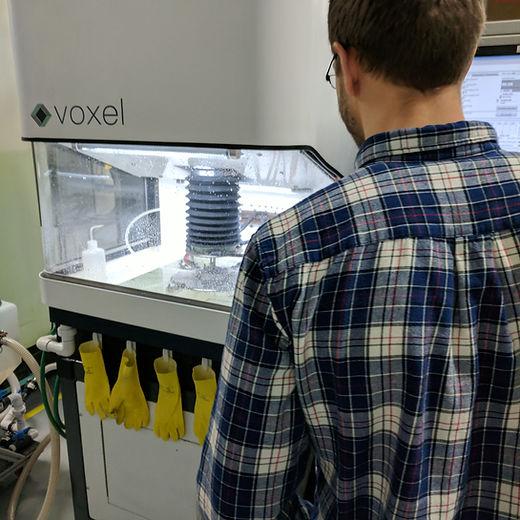 electrochemical machining machine in use