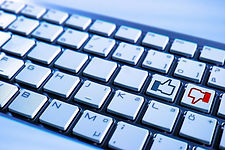 keyboard-597007_1920.jpeg