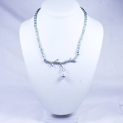 Necklace (SMH 025)