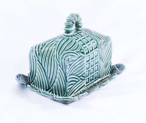 Covered Butter Dish (AMC 023)