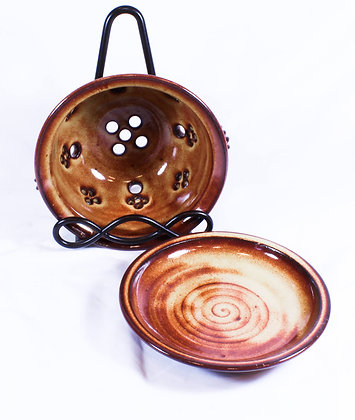 Brown Berry Bowl with Saucer (AMC 008)