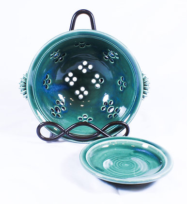 Green Berry Bowl with Saucer (AMC 007)