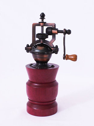 Hand Turned Peppermill (HMR 025)