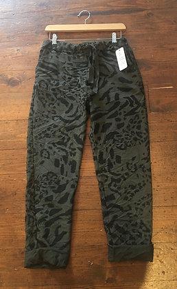 Khaki print joggers