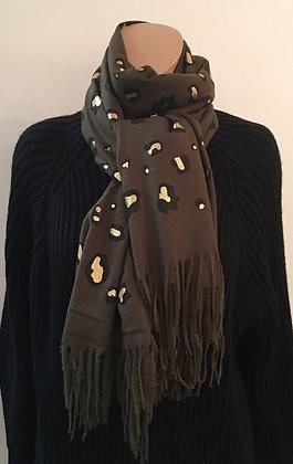 Foil print scarf