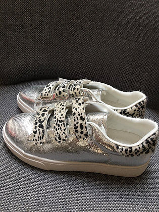 Silver/black trainers