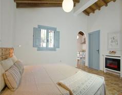 Apartment im Haus Romero mit einer Küche und Essecke..