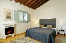 Die Betten sind teilweise auseinander stellbar und können so als Einzelbetten genutzt werden.