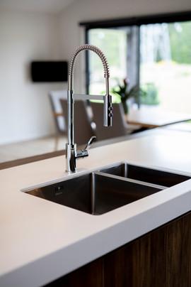 Kitchen taps.jpg