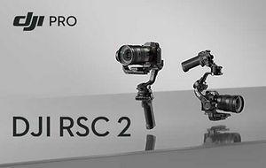 Professionelle Ergebnisse sind mit dem DJI RSC 2 mühelos zu erreichen. Dieser kompakte Stabilisator für spiegellose und DSLR-Kameras verfügt über ein faltbares Design und intuitive Funktionen, die Filmemacher, Ein-Mann-Crews und Kreative bei all ihren Projekten unterstützen.